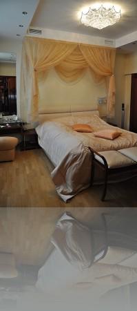 Спальня и декор у изголовья