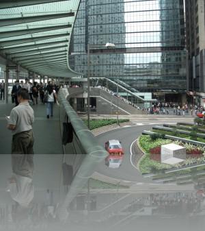 В уровне над землёй, через здания, можно обойти весь центр города