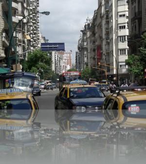 Жёлтое с чёрным -такси Буэнос Айреса (Без такси это что-то другое)