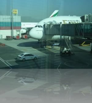Дубай. Трапы сразу на 2 уровня