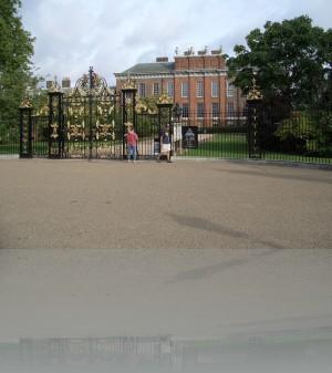 Здесь жила Диана (Кенсингтонский дворец)