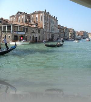 Главное развлечение в Венеции