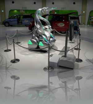 Тойота. Городское авто будущего. Думаю на этом наша любоф к яп авто иссякнет. Нам такое не понять