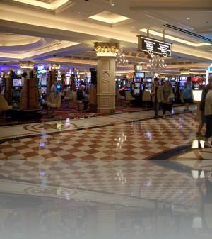 Сначала казино, а уже где-то там рецепшн и всё остальное