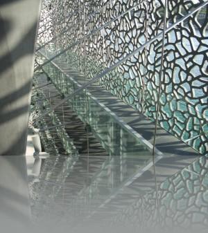 Металл, стекло и кружева